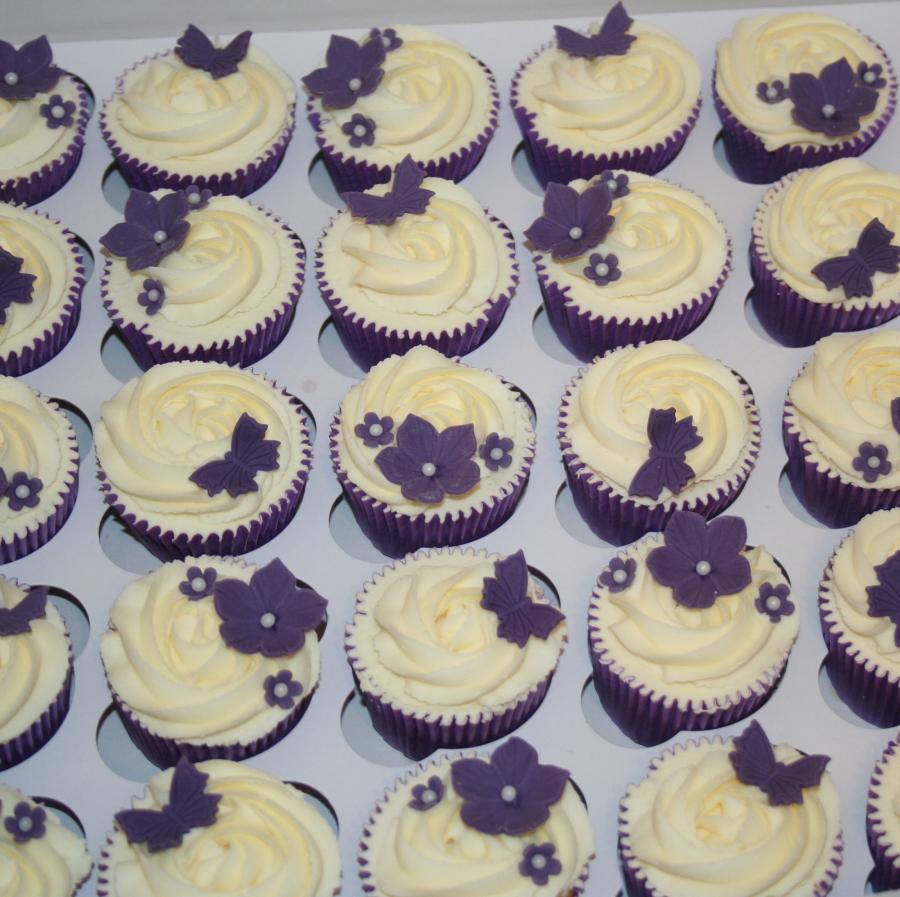 Purple flowers butterflies wedding cupcakes junglespirit Image collections