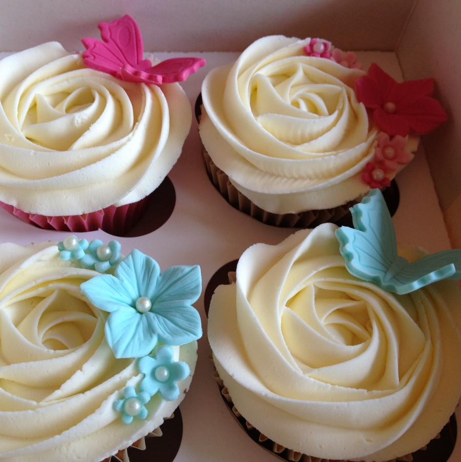 Butterfly Flowers Cupcakes Pink Blue