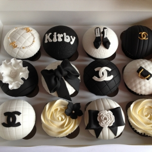 Chanel theme cupcakes