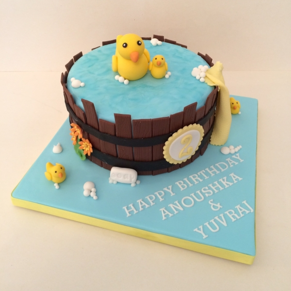 Rubber ducks theme cake
