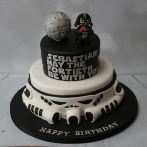 Star Wars 2 tier cake