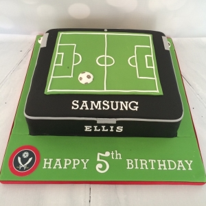 Football / tablet cake