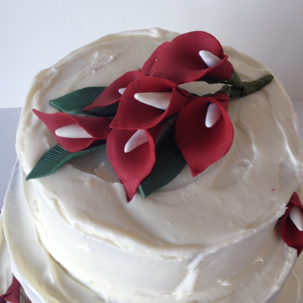 Red velvet wedding cake - close up