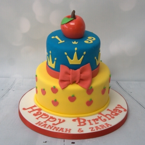 Snow White themed cake