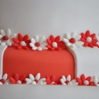 Red & White wedding cake flower close up
