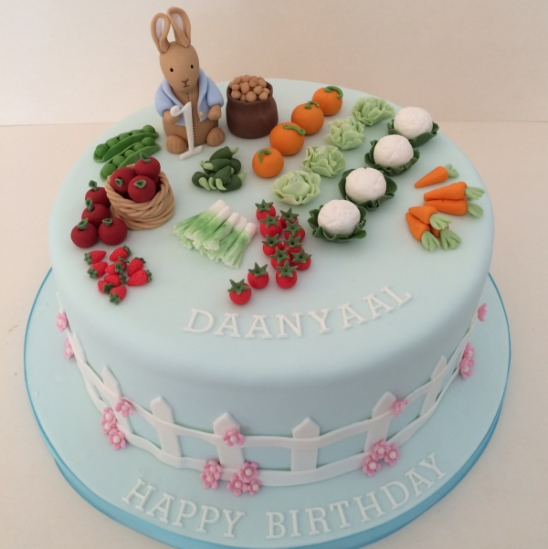 Peter Rabbit cake