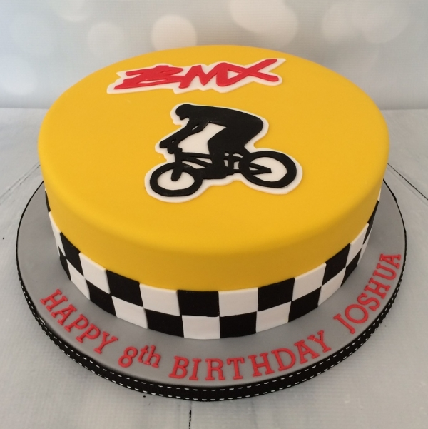 Large BMX/Cycling theme cake