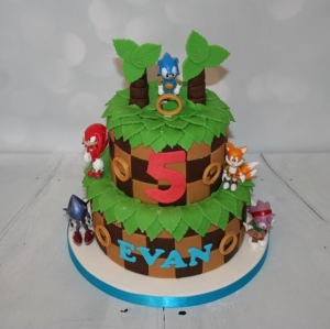 2 tier Sonic the Hedgehog cake