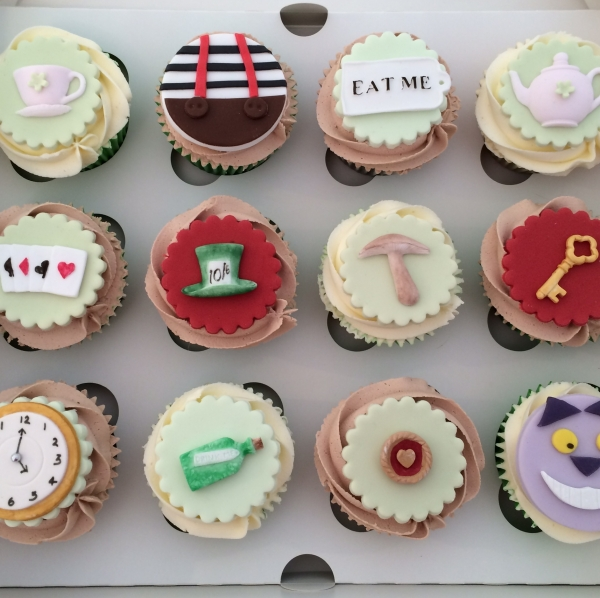 Madhatters cupcakes 2