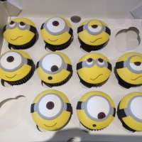 Minion themed birthday cupcakes