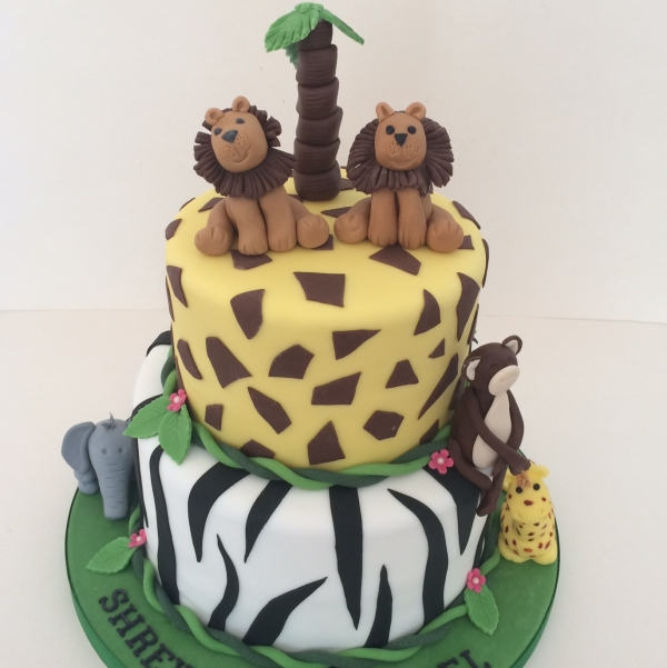 2-tier Safari theme cake