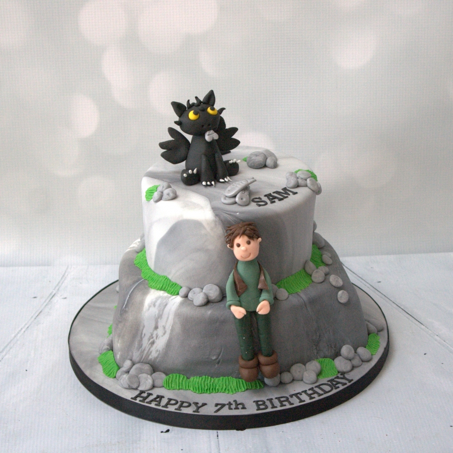How to train your dragon 2 tier cake ccuart Gallery
