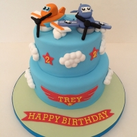 2-tier Planes & clouds cake