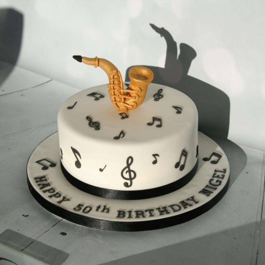 Images Of Birthday Cakes With Music Notes